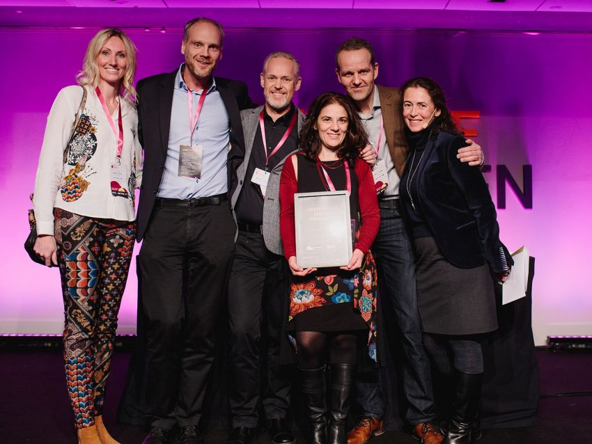 The team from SynerLeap was awarded for their work with Swedish startups. From the left: Camilla Kullborg, Head of Robotics & Automation, Peter Löfgren, Managing Director, Rolf Lindström, Communications Manager, Gaetana Sapienza, Head of Operations, Martin Olausson, Head of Business Development and Marie Wall, Deputy Director Startups at Ministry of Enterprise. Photo: Elias Ljungberg.