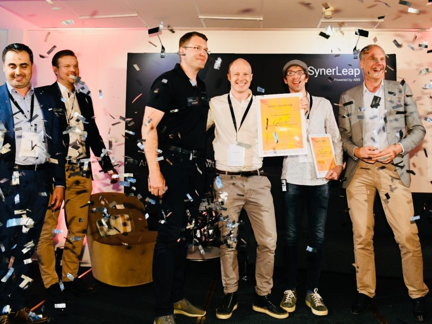 Our two winning member companies, Graphmatech and Gleechi. From left: Dr. Mamoun Taher and Björn Lindh, Graphmatech, Grant Allen, ABB Technology Ventures, Jacob Johansson and Kai Hubner, Gleechi, and Peter Löfgren, SynerLeap. Photo: Jonas Bilberg
